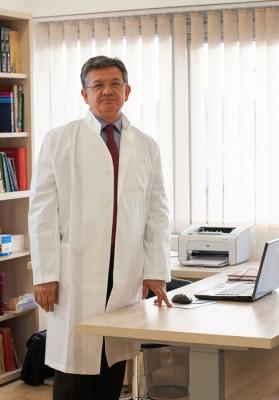 dr-jozo-jelcic-endokrinologija-lijecnik-galerija